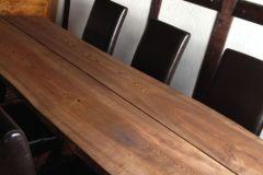 Asketræ spisebord.