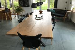 Langbord i eg med 2 planker