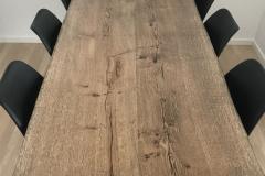 Plankebord eg rustik med ibenholtolie ovenfra