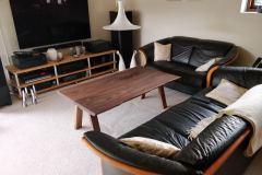 Sofabord amerikansk valnød med træben