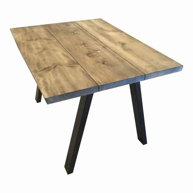 Moderne plankebord i rustikt look.