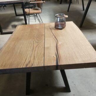 Sofabord eg 2 planker med skrå ben og ibenholt olie