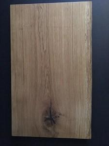 kokke skærebræt i rustikt egetræ