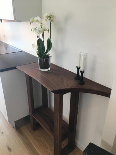 Lille-sidekøkkenbord-amerikansk-valnød