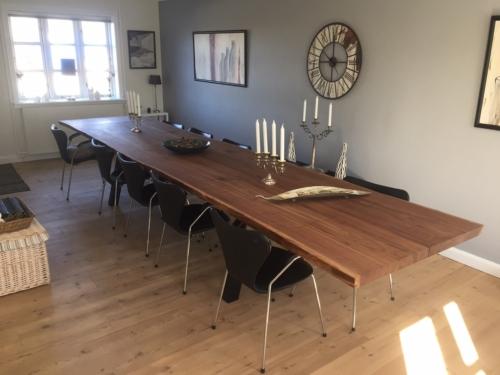 Plankebord i amerikansk valnød 100 x 350 cm med 2 stk. tillægsplader