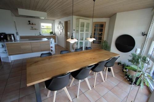 Plankebord i eg med 2 planker og naturolie 100x270 cm