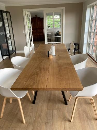 Plankebord i eg med naturolie, 95x300 cm , Stilren og 15 graders kanter