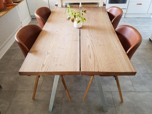 Plankebord i elm 85x150 cm med naturkanter