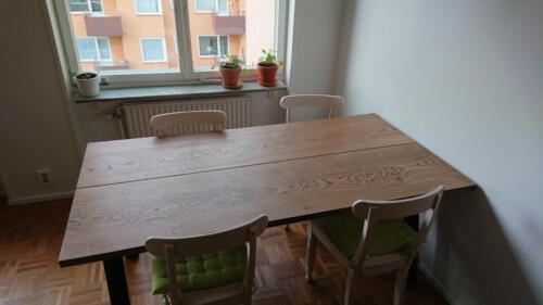 plankebord-2-planker-i-eg-med-ibenholt-olie