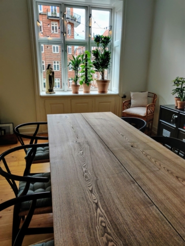 plankebord i ask med valnød olie 2 planker